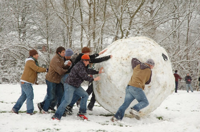 Giant_snowball_Oxford